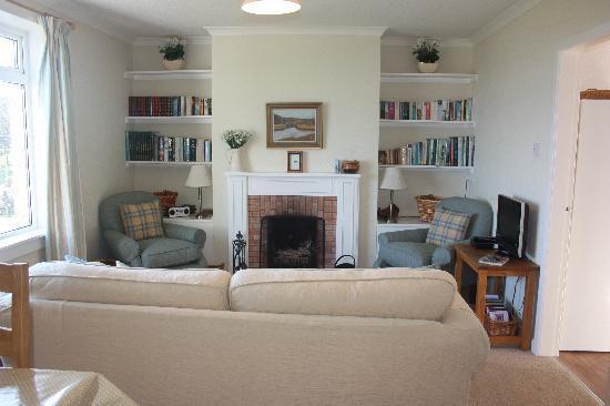 Mossyard Holiday Cottages: Craignesket's Living Room