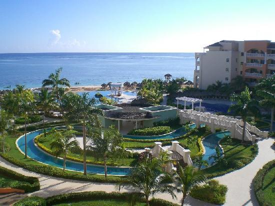 Iberostar Rose Hall Suites: The amazing view from our balcony