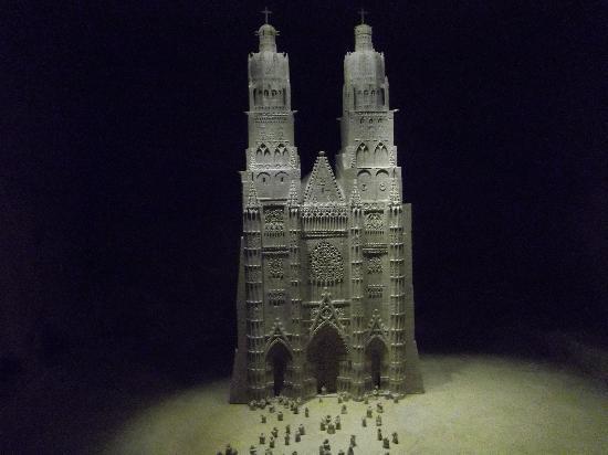 Pierre et Lumiere : la cathédrale st gatien de Tours