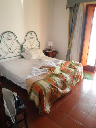 Royal Sporting Hotel: letto