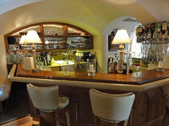 Hotel Alpenblick: Hotel bar