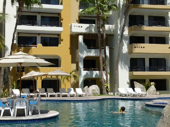 Marina Fiesta Resort & Spa : Pool area
