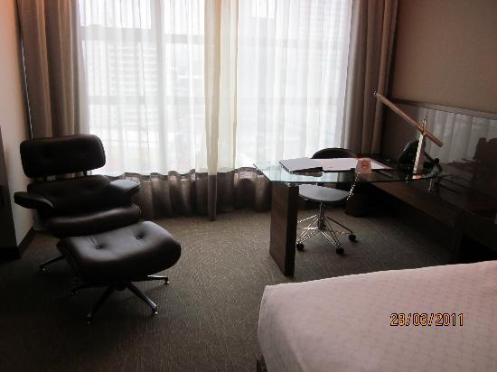 โรงแรมจีทาวเวอร์: room, date print not correct