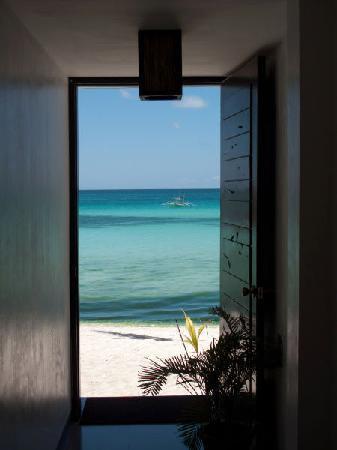 The Beach House Boracay: door facing the beach
