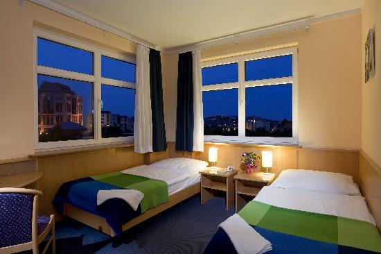 Jagello Business Hotel: Twin room