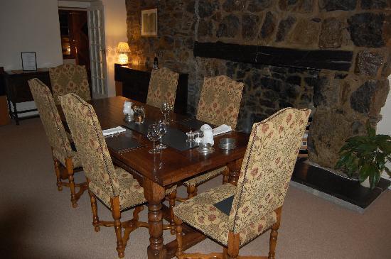 Dolffanog Fawr: Dining Room