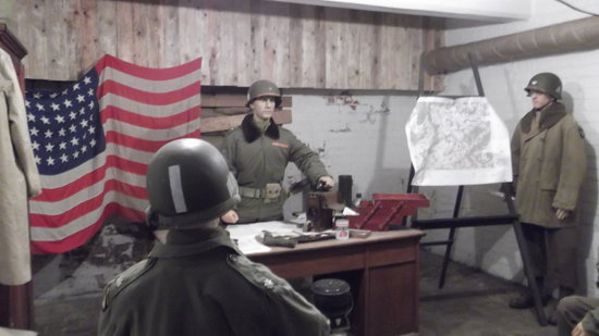 "Reg Jans Battlefield Experience - Day Tours : The Recreated ""Nuts"" Cave Where Gen. McAuliffe Responded to the Nazi Request for Surrender"