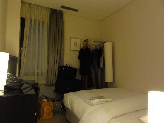 Doulos Hotel: スタンダードダブルルーム