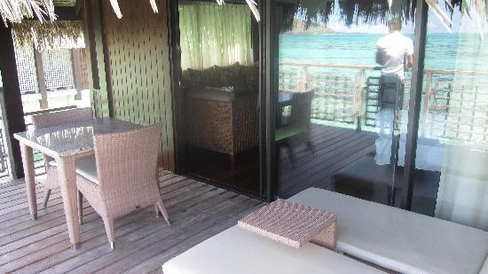 Hilton Moorea Lagoon Resort & Spa: the back balcony