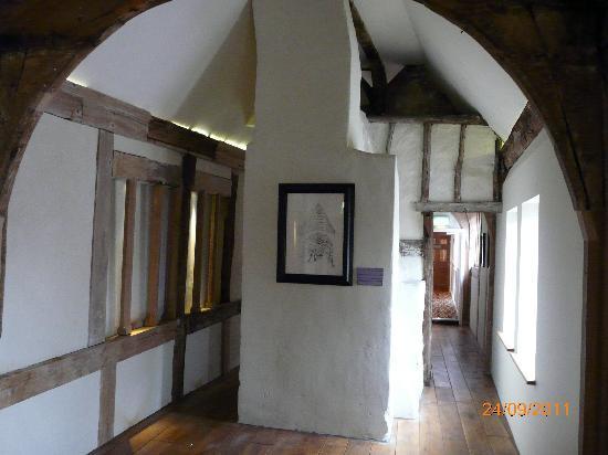 The Royal Hop Pole: Medieval Hall
