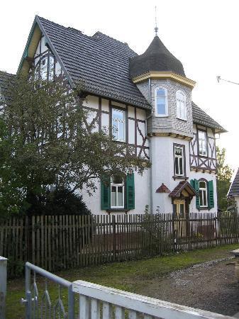 Hotel Villa Rossek: Villa Rossek vom Elisabethen Park