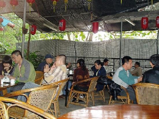 Haikou, China: 五公祠(ウーコンチ)ー併設のセミオープンの茶店