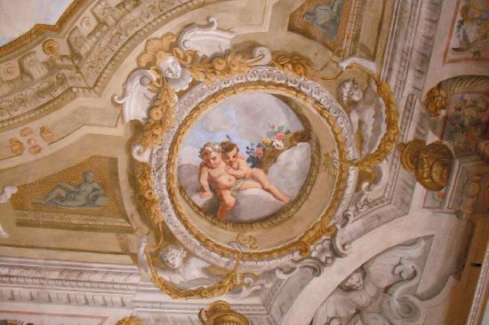 Palazzo Tucci: particolare del soffitto