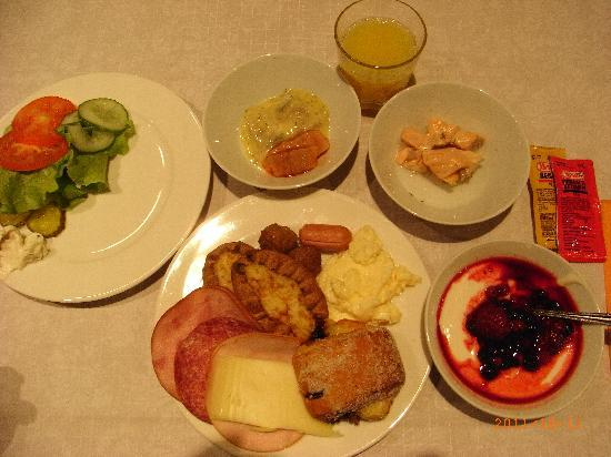 Cumulus Resort Airport Congress Center: ホテルの朝食