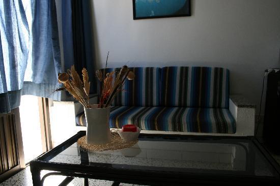 Casa Alberto Apartamentos: Living room