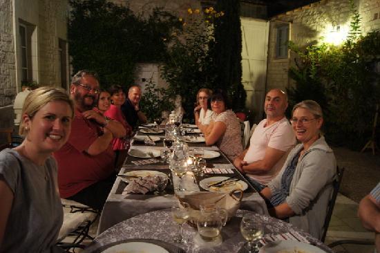 La Closerie Saint Martin: A happy cosmopolitan group!