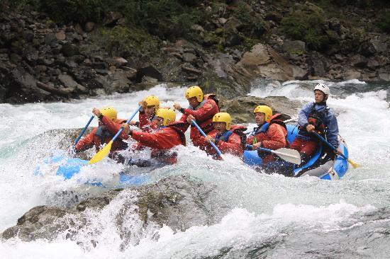 Patagonia Rafting : Uno de los tantos rapidos...
