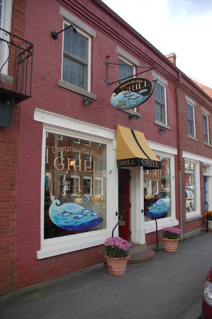 Damariscotta River Grill : Front door