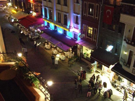 Villa Pasha Hotel: View from Balcony at night!