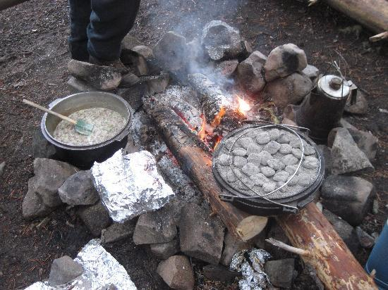 Three Peaks Outfitters - Day Tours: Breakfast Cooking