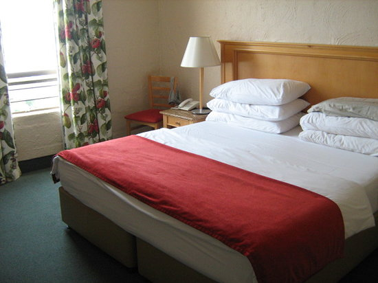 Umhlanga Rocks, South Africa: nice big beds