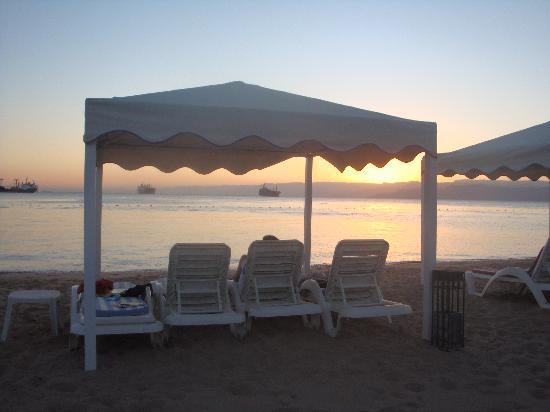InterContinental Aqaba Resort: Privat beach lounged all 4 days here