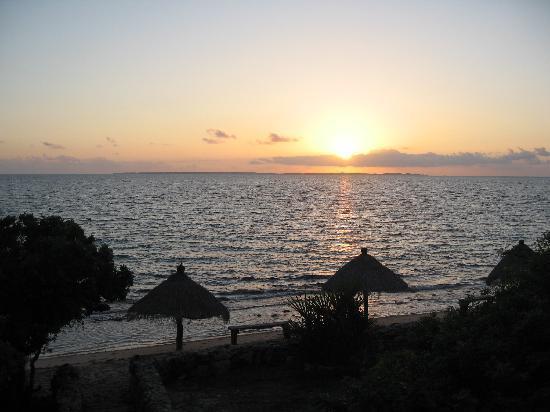 Casa de Lua: Amazing sunrise - picture taken from our room