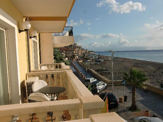 Hotel San Vincenzo: Blick von Zimmer 203