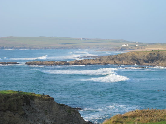 Padstow (เมืองแพดสโตว), UK: View of Treyarnon and Constantine bay