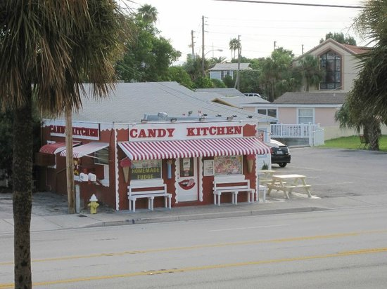 Candy Kitchen: The candy man can cus he mixes it with love and makes the world taste good.