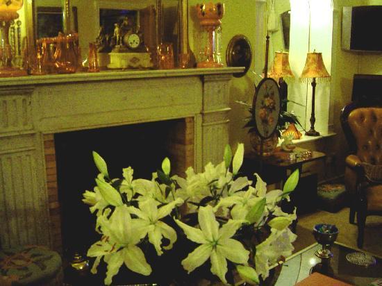 Ballycastle House: Lounge Area