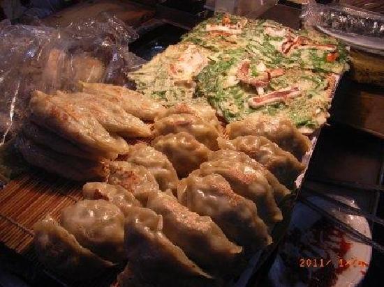 Seomyeon Food Alley : この餃子、おいしいです。チヂミもあります。