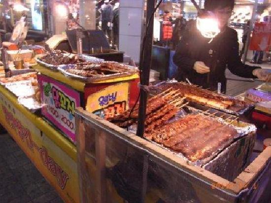 Seomyeon Food Alley : 焼肉の串焼きの店
