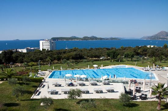 Valamar Lacroma Dubrovnik : Pool Area and Grounds