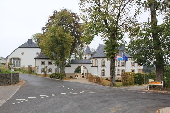 Château d'Urspelt : Voorkant van het Chateau.