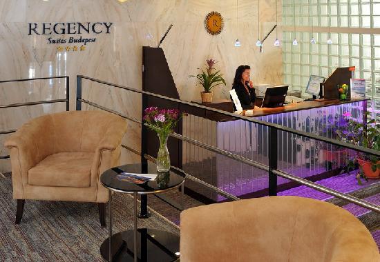Regency Suites Hotel Budapest: Reception