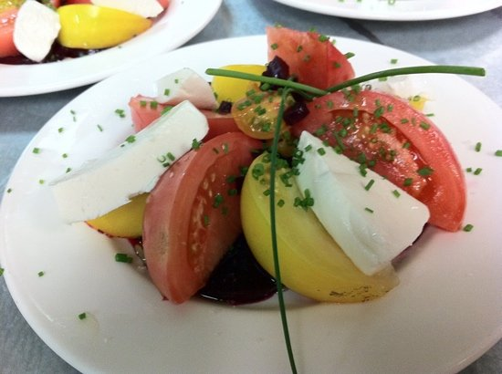 Joshua's: heirloom tomato salad with balsamic roasted beets and fresh mozzarella