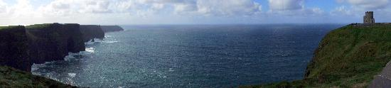 Cliffs of Moher: Panoramic view