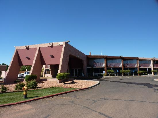 Quality Inn at Lake Powell: Exterior of Quality Inn