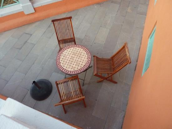 Casa Rural El Patio de Tita: Outside Dining Area
