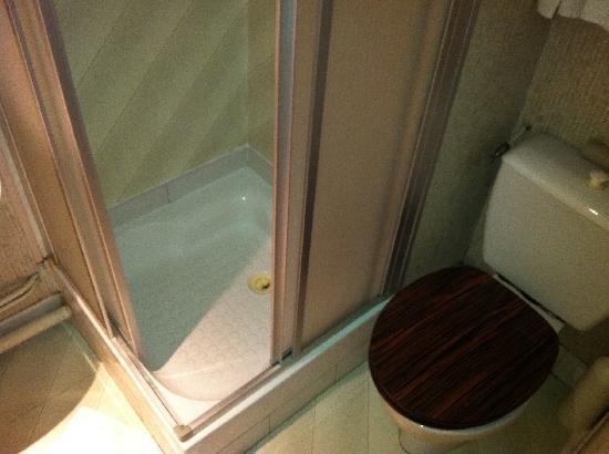 Hotel Parc Even: Bathroom