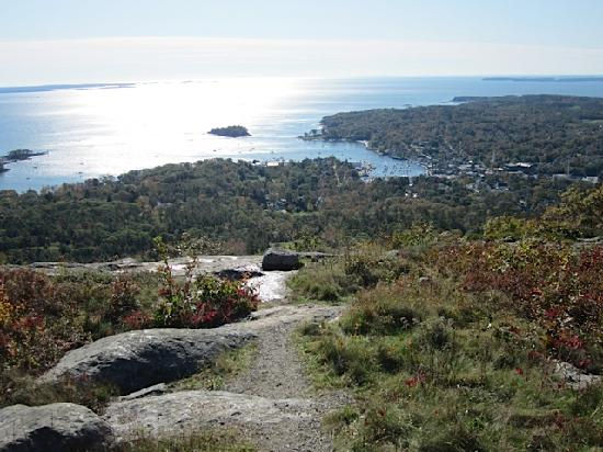 Relais & Chateaux Camden Harbour Inn: Mt Battie lookout