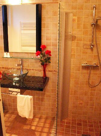 Buhez Nevez: Salle de bains