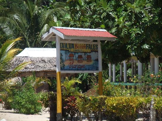 Tailua Beach Fales: Road Sign