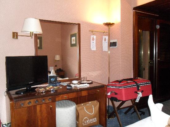 Hotel Bristol Milan: habitacion