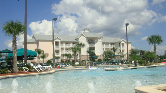 Summer Bay Orlando By Exploria Resorts: view from the pool!!!
