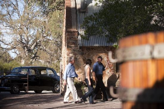 Barossa Daimler Tours: Visiting Rockford winery