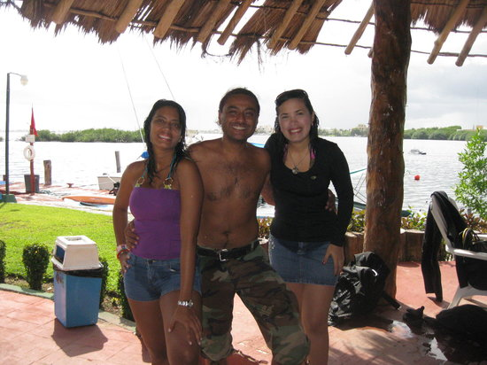 Cancun Diving College : YAMILA Y SUSY