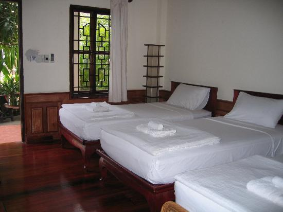 Ammata Guest House: Twin room