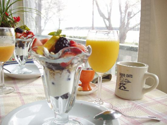 Stirling House Bed and Breakfast: Parfait Starter